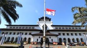Filosofi Dan Aturan Pengibaran Bendera Setengah Tiang