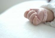 """Nama Bayi Khas Indonesia yang Indah ini Ternyata """"Dilarang"""" di Arab Saudi, Kok Bisa?"""