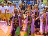 Gambar sampul Banyuwangi Ethno Carnival: Jembatan Tradisi dan Modernitas