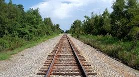 Bersiaplah! Rel Kereta Pertama Papua Hubungkan Sorong - Manokwari