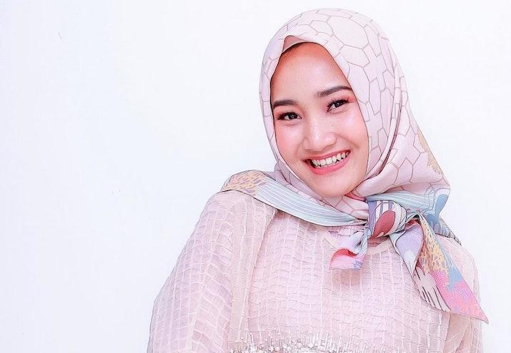 Keren! Fatin Menyanyikan Theme Song 'World Youth Forum 2018', Sudah Nonton Klip Videonya?
