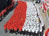 Gambar sampul Pecahkan Rekor Dunia, Bendera Merah Putih Ini Panjangnya 400 Meter!