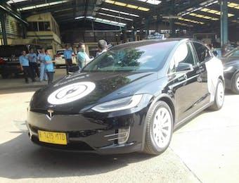 Taksi Listrik Hadir di Bandara Soekarno-Hatta