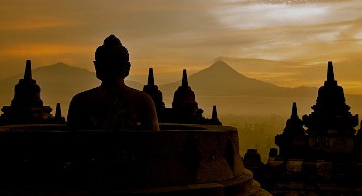 10 Hal Yang Harus Kamu Ketahui Tentang Candi Borobudur