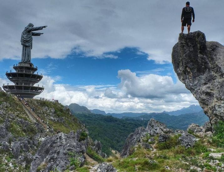 Tiga Tempat di Indonesia dengan Patung Yesus Layaknya di Rio De Jeneiro