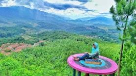 Bukit Panenjoan Salem: Wisata Eksotis Dengan Keindahan Alam Di Ujung Barat Jawa Tengah
