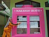 """Kotak Raksasa """"BisaMakan"""" Hadir Penuhi Kebutuhan Jemaah Masjid"""