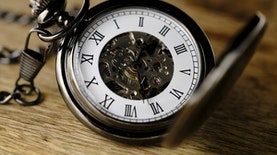 Beberapa Kata Keterangan Waktu yang Jarang Diketahui Oleh Kebanyakan Orang