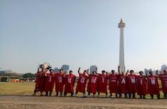 Kreatif ! Ini Cara Masyarakat Indonesia Sambut Presiden dan Wakilnya