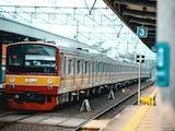 Gambar sampul Sejarah Kereta Rel Listrik, Moda Transportasi Andal Masyarakat Jabodetabek