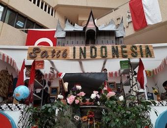 Mahasiswa Indonesia Berhasil Meraih Juara Dua dalam Ajang Festival Antar Bangsa