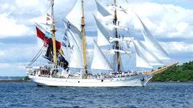 Perjalanan Dunia Maritim Indonesia