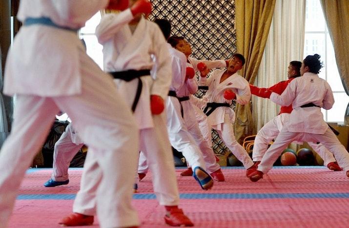 Atlet Karate Indonesia Raih 3 Medali di Ceko
