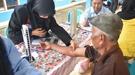 Adakan Pengobatan Gratis, Masyarakat Ringinkembar Antusias Datang