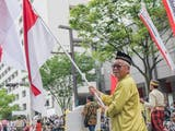 Gambar sampul Bendera Merah Putih Berkibar di Hakata Dontaku