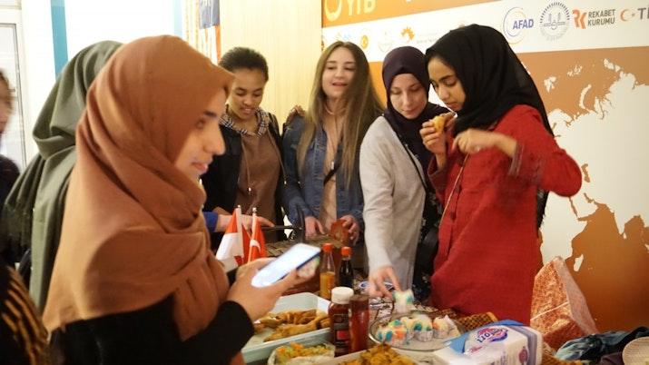 Budaya Indonesia menjadi Sorotan di ASEAN Student Summit Ankara