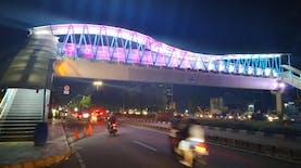 [FOTO] Jembatan Penyeberangan Baru yang Hits di Jakarta