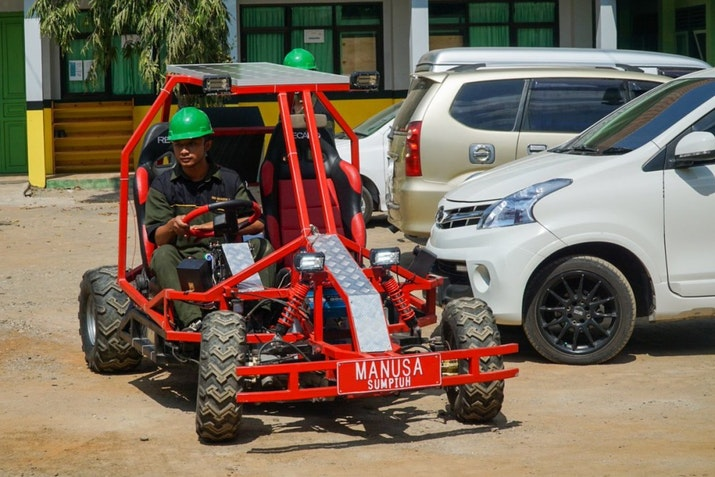 SMK Asal Banyumas Ciptakan Prototype Mobil Listrik