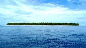 Liburan Sambil Bertahan Hidup di Pulau Terpencil Indonesia? Siapa Takut!