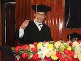Gambar sampul Fadel Muhammad, Guru Besar Wirausaha Pertama di Indonesia