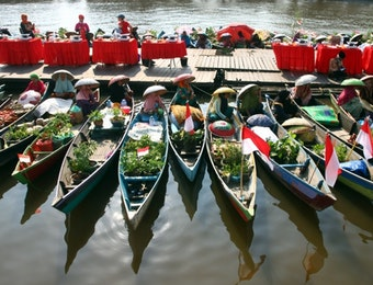 Festival Pasar Terapung, Semarak dengan Pengisi Acara yang Beragam