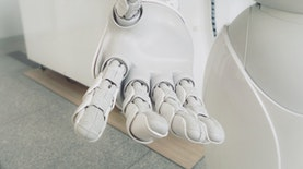 Mahasiswa UI Ciptakan Tangan Robotik yang Bisa Dikendalikan Otak