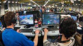 Bagi Kalian Pecinta Game, Wajib datang ke Game Center Terbesar di Indonesia Ini
