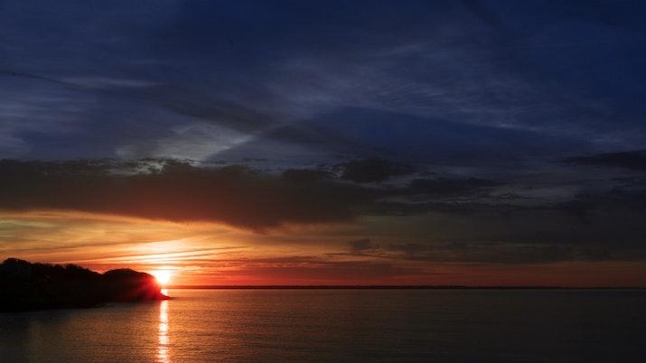 Sumatera Barat Miliki Titik Sunset yang Menakjubkan!