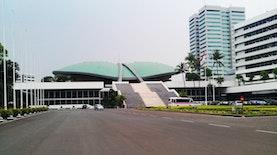 Mengulik Asal Usul Pembangunan Gedung MPR/DPR
