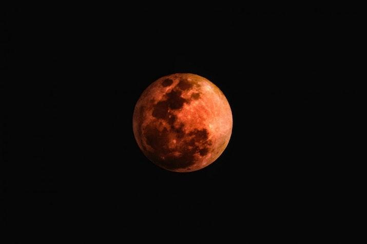 Jangan Ketinggalan! Sabtu Lusa Indonesia Bisa Melihat Gerhana Bulan Terlama Abad Ini