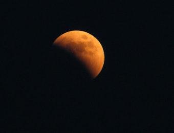 Juli Ini, Siap-Siap Menyaksikan Gerhana Bulan Parsial