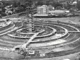 Sejarah Hari Ini (4 September 1961) - Pembangunan Tiang Patung Selamat Datang