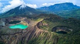 Perubahan Warna Danau Tiga Warna Kelimutu dan Mitos Munculnya Peristiwa Baru