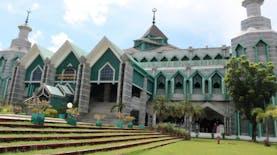 Sejarah Hari Ini (8 Mei 1994) - Masjid Al-Markaz Al-Islami Makassar Memulai Pembangunan