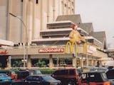 Gambar sampul Sejarah Hari Ini (23 Februari 1991) - McDonald's Sarinah, Pertama di Indonesia