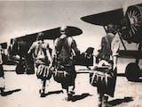 Gambar sampul Sejarah Hari Ini (29 Juli 1947) - Berbekal Senter, Pesawat AURI Serang Markas Belanda
