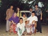 """Gambar sampul Sejarah Hari Ini (12 Maret 1994) - """"Si Doel Anak Sekolahan"""", Kenalkan Betawi via Sinetron"""
