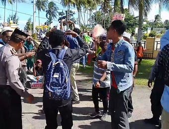 Pawai Hadrat di Kaimana, Tradisi Rayakan Idulfitri Tanpa Sekat