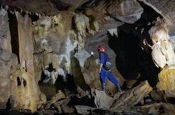 Dijuluki Jurassic Park Mini, Kawasan Wisata Ini Seperti Zaman Batu