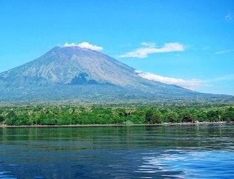 Mengenal Kemegahan Gunung Agung di Bali Yang Kamu Perlu Tahu