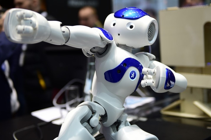 Jawara di Kanada, Robot Soccer Mahasiswa ITS Bikin Bangga di RoboCup 2018
