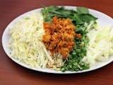 Gambar sampul Ragam Salad Rumahan Indonesia yang Bikin Rindu Masakan Ibu