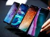 Gambar sampul Mari Bernostalgia dengan 7 Merek Ponsel Fenomenal yang Ternyata Asli Indonesia