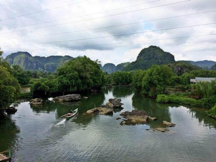 Hutan Batu terbesar di Dunia, ada di Sulawesi