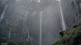 Indonesia Kaya: Gurun, Pulau, dan Air Terjun