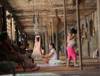 Hidup Rukun Ala Suku Dayak di Umah Betang