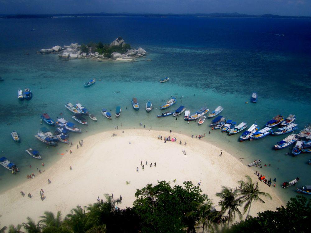 Eksotisme Pulau Lengkuas Belitung Good News From Indonesia