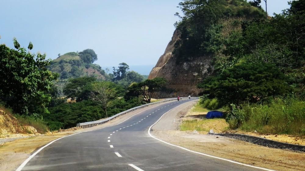 Jalan Raya Malang Selatan Manjakan Wisatawan Good News