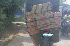 Kebiasaan Orang Indonesia yang Mungkin Membuat Orang Asian Kebingungan
