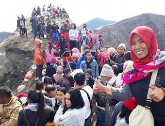 Menunggu Sunrise Tahun Baru di Bromo, Gunung yang Jadi Magnet Wisata Jawa Timur
